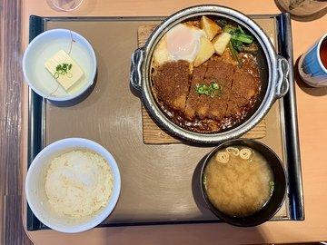 京都やよい軒の味噌かつ煮定食
